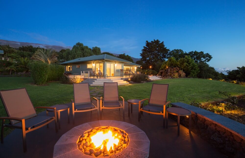 Ways to Use Outdoor String Lights Around Your Fire Pit